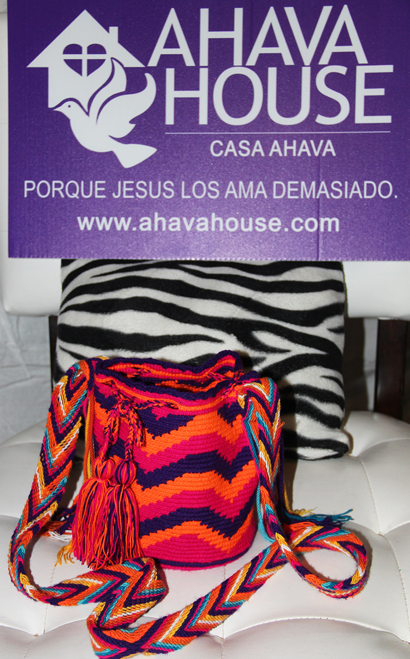 Wayuu Mini Mochila Rancheria Ipamana, Kashi (Wayuunaiki for Moon)